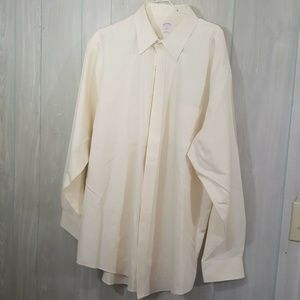 Brooks Brothers Cream Sz Large Button Front Shirt